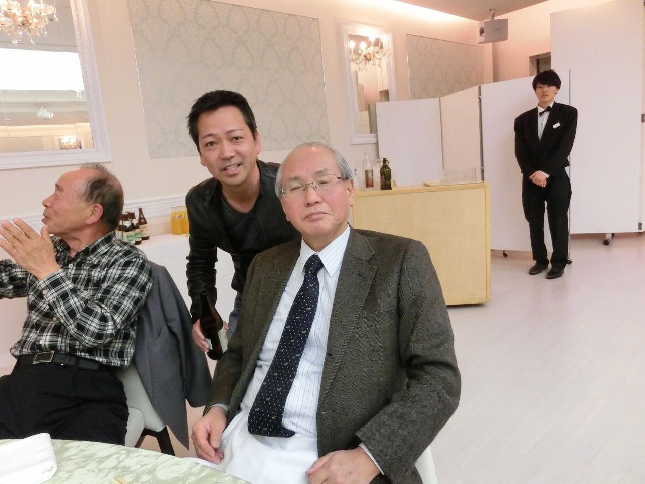 H28年度お花見・新入社員歓迎会 (15)